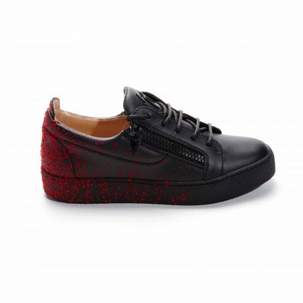 MAY BIREL NOIR GRAFITTIS NOIR BORDEAUX GIUZEPPZE ZANOTTI